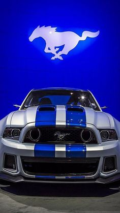 #mustangs #americanmuscle #musclecar Mustang Cars, Ford Mustang Gt, Blue Mustang, Mustang Gt500, Mustang Stripes, Voiture Rolls Royce, Ford 2000, Sweet Cars, Amazing Cars
