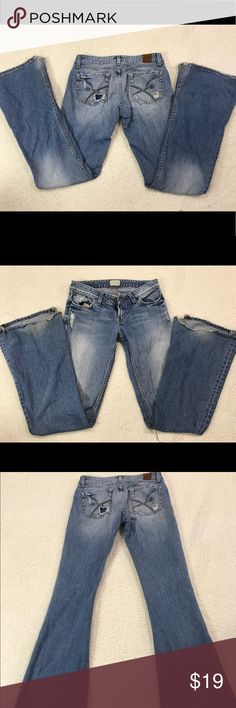 Women's BKE distressed Worn jeans size 27x35 1/2 Highly worn and distressed. Please look over pics. Heel and rear areas are highly worn. BKE Jeans Boot Cut