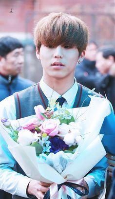 Yg Entertainment, Korea Boy, Treasure Boxes, Park Chanyeol, Beautiful Boys, Yoshi, Boy Groups, Kpop, Pictures