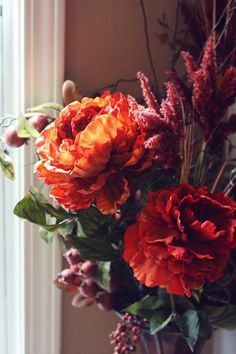 Gorgeous fall blooms by @Anna Totten @ IHOD #ModernThanksgiving