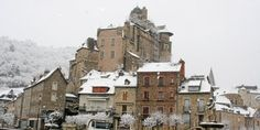 Estaing in the snow.