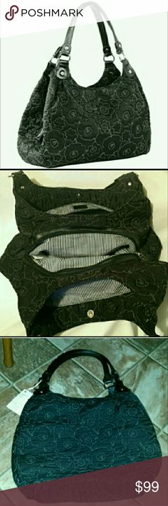 Thirty-One 5th Avenue Purse Black $189 Large This purse holds almost everything in your entire house...and then some! It has 3 ginormous sections & tons of pockets! It opens wider than my mouth!!! Aaahhhhhhh!!!!! Brand-Thirty One, color-Hampton in black, used for display only when I was a consultant. This purse was originally $186 with tax & shipping charges from thirty-one. Measurements are in the last picture. I give great discounts (the more you buy, the more you save!!!!). Smoke free…