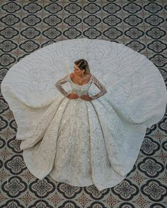 ♡Speechless prom - weddingoutfit for bride Fancy Wedding Dresses, Stunning Wedding Dresses, Wedding Attire, Beautiful Gowns, Bridal Dresses, Wedding Gowns, Wedding Dress Gallery, Belle Photo, Cute Dresses
