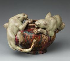 Pierre-Adrien Dalpayrat, Bowl with Two Panthers, 1894-95. Photograph courtesy of the Metropolitan Museum.