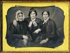Horizontal Dag of 3 Women Great Body Language Quarter Plate Daguerreotype | eBay