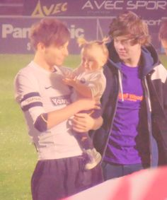 asdfghjkl Larry stylinson with Lux!