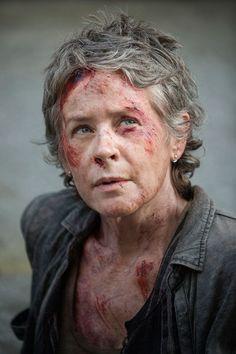 How to Dress Like Carol Peletier (The Walking Dead)   TV Style Guide