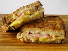 Pineapple, ham and cheese= Hawaiian grilled cheese! Sounds delish! Swiss cheese would be awesome. Think Food, I Love Food, Good Food, Yummy Food, Yummy Lunch, Delicious Recipes, Soup And Sandwich, Sandwich Recipes, Lunch Recipes