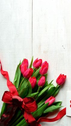 Tulips Wallpaper Iphone Spring Wallpapers 54 Ideas For 2019 Flowery Wallpaper, Rose Wallpaper, Wallpaper Backgrounds, Tulips Flowers, Beautiful Flowers, Iphone Spring Wallpaper, Birthday Cake Roses, Decoration, Art Decor
