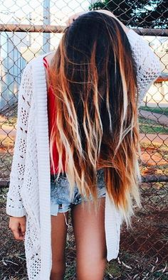 Love the Cartagena Creative Hairstyles, Messy Hairstyles, Gorgeous Hairstyles, Hair Inspo, Hair Inspiration, Bleached Ends, Hair Heaven, Different Hairstyles, Hair Goals