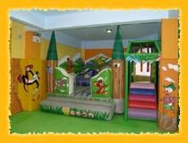 Europlaygrounds,  εξοπλισμος παιδοτοπου,παιχνιδοκατασκευη, φουσκωτα, κατασκευη παιδοτοπου, σχεδιασμος παιδοτοπου, σχεδιαση, τουνελ, τσουληθρες, soft play, baby park τραμπολινο, πισινομπαλες, πισινες,γηπεδακια, ποδοσφαιρο, μπαλακια, διχτυα, δαπεδο παζλ, ταταμι, μελετη, μαλακα παιχνιδια, λαβυρινθος, αραχνη, ζωγραφικη, θεματοποιηση, διακοσμηση, αυτοκινητακια,  sky dancers, φουσκωτα, αναρριχηση, τοιχος αναρριχησης, ελοτ, εβεταμ, ασφαλεια, ποιοτητα. Baby Park, Soft Play, Indoor Playground