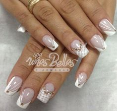 New Nails Design Elegant French White Flowers Ideas Silver Glitter Nails, Lace Nails, Rhinestone Nails, Bling Nails, White Nails, My Nails, Long Nail Designs, Creative Nail Designs, Acrylic Nail Designs