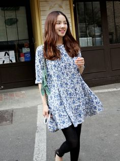 【Bagazimuri】花柄シャーリングミニワンピース¥ 3,070 (税込) Floral Tunic, Womens Fashion, Casual, Dresses, Vestidos, Women's Fashion, Dress, Woman Fashion, Gown