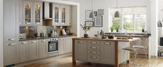 Tewkesbury Framed family include three heritage colours that perfectly complement each other, or used to create your dream kitchen. Barn Kitchen, Kitchen Units, New Kitchen, Kitchen Decor, Kitchen Ideas, Stone Kitchen, Kitchen Dining, Howdens Kitchens, Home Kitchens