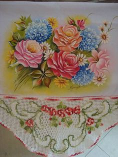 Pano de copa,em pintura em tecido e croche tecido 100 % algodão R$ 85,00