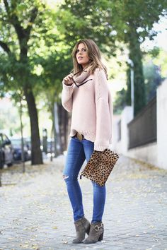 Pink Knit & Leo!!
