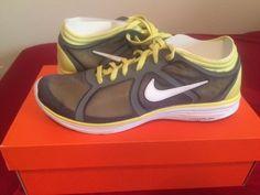 Nike womens lunarbase running shoes