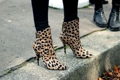 "✮✮""Feel free to share on Pinterest"" ♥ღ http://www.goodplacetobuyshoes.com/"