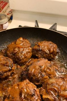 Hamburger Steak with Onions and Gravy This is one of the best recipes I ve made off this site It was so good that really no changes were needed to make it family pleasing dinnerideas dinnerrecipes familydinnerideas supper supperideas Hamburger Dishes, Hamburger Recipes, Meatloaf Recipes, Beef Dishes, Ground Beef Recipes, Steak Recipes, Food Dishes, Cooking Recipes, Hamburger Steaks