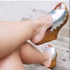 @solemar74 #sexyfeet #feetporn #feetfetish #shoesporn #highheels #feetjob #sexyfeet #feetporn #sexywoma #shoes #solesfetish #highheelshoes #shoesjob #passionfeet