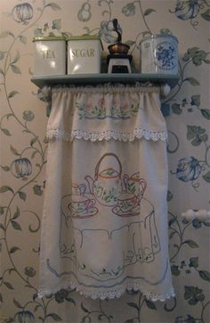 Nostalgia, Curtains, Shower, Retro, Prints, Vintage, Rain Shower Heads, Blinds, Showers