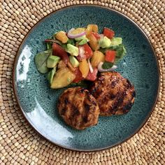 BBQ - bariatric recipe. These simple chicken sliders come together in a snap! Paired with a fresh tomato salad...this is a meal that almost tastes like summer it's so fresh! Meals