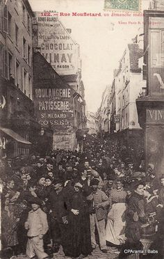 Rue mouffetard, un dimanche matin - Paris Old Pictures, Old Photos, Vintage Photos, Vintage Paris, Rue Mouffetard, I Love Paris, Paris Photos, World's Fair, Tour Eiffel