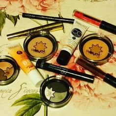 I love RougJ. #makeupaddict #makeup #bblogger #bbloggers #rougj #lips #lipstick #eyes #eyeshadow #eye #bbcream #cccream #terra #eyeliner #mascara #rougj_italia