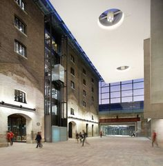 Central Saint Martins College of Arts and Design Kings Cross building (my dream....................)