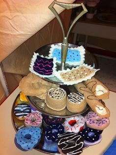 coffee shop dramatic play center with desserts! Dramatic Play Themes, Dramatic Play Area, Dramatic Play Centers, Hot Chocolate Party, Restaurant Themes, Play Centre, Donut Shop, Pastry Shop, Preschool Activities