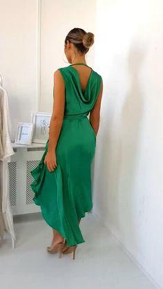 Satin Dresses, Elegant Dresses, Beautiful Dresses, Casual Dresses, Dress Outfits, Fashion Outfits, Fashion Clothes, Evening Dresses, Summer Dresses