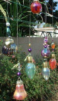 Gloeilamp met glasverf