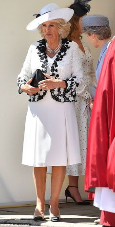 Camilla, Duchess of Cornwall attends the Order Of The Garter Service at Windsor Castle on June 2018 in Windsor, England. The Order of the Garter is the senior and oldest British Order of. Get premium, high resolution news photos at Getty Images Queen Hat, Queen Dress, Meghan Markle Dress, Royal Tea Parties, Order Of The Garter, Camilla Duchess Of Cornwall, Camilla Parker Bowles, Herzog, Floral Jacket