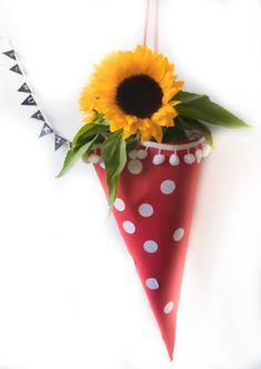 Haustürdeko für die Einschulungsparty - elf19.de Marshmallows, Fondant, Planter Pots, Balloons, Celebration, Pies, School Kids, Games, Bakken