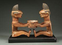 two-Figure Songye Divination Cupholder by the Atelier de Kisengwa (1900 - 1920)