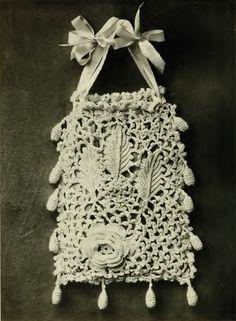 IRISH CROCHET BAG/ PURSE Vintage Crochet Pattern - ludys - Crochet Tutorials. For sale as a pdf pattern.