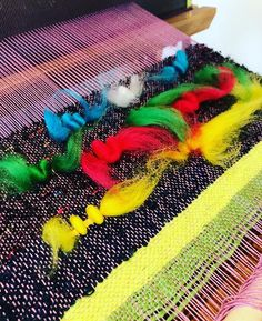 The London Loom (@thelondonloom) • Instagram photos and videos Mollie Makes, Traditional Art, Teaching Kids, Loom, Awards, Weaving, Photo And Video, Videos, Creative