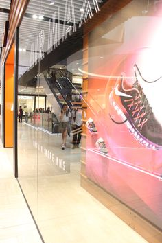 Nike Air Max 2015 retail window display shoe display.