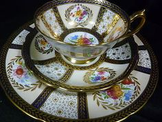 PARAGON CABINET TEA CUP AND SAUCER trio MADE FOR QUEEN MARY c1940+ H.P.  SIGNED