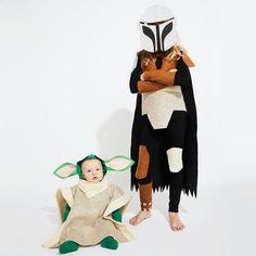 Baby Yoda Costume, Diy Baby Costumes, Easy Costumes, Pet Costumes, Halloween Costumes, Costume Ideas, Mandalorian Costume, Kids Dress Up, Halloween Kids
