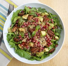 Quinoa and Rocket Salad, with Pomegranate, Avocado and Toasted Pecans - Rosanna Davison Nutrition Cottage Cheese Nutrition, Kids Nutrition, Nutritional Value Of Eggs, Quinoa Dishes, Toasted Pecans, Dinner Options, Pomegranate, Pecans, Granada