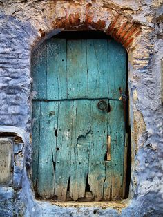 Morocco, Maria Victoria Guerrero (or. my hobbit door) Cool Doors, Unique Doors, Knobs And Knockers, Door Knobs, Entrance Doors, Doorway, When One Door Closes, Rustic Doors, Closed Doors