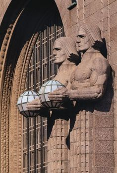 Helsinki, Finland: train station - statues holding spherical lamps - Helsingin rautatieasema - photo by A. Helsinki Things To Do, Helsinki Airport, Visit Helsinki, Art Deco Buildings, Statue, Country, Travel Images, Pictures, Train Stations