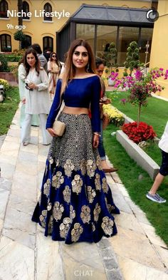 Browse a wide range of 25 Bollywood Fashion images and find high quality and professional pictures you can use for free. You can find photos of 25 Bollywood Fashion Indian Attire, Indian Wear, Indian Bridal Wear, Pakistani Bridal, Indian Style, Moda India, Party Kleidung, Party Wear Lehenga, Indian Lehenga