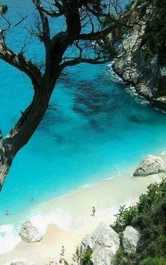 Cala Goloritzè beach in Sardinia, Italy- travel Vacation Places, Dream Vacations, Vacation Spots, Romantic Vacations, Italy Vacation, Honeymoon Destinations, Romantic Travel, Honeymoon Trip, Italy Honeymoon