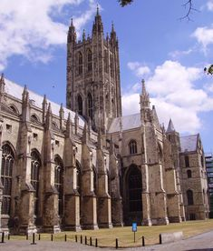 Self-guided walk and walking tour in Canterbury: Canterbury Cathedral and Grounds, Canterbury, England, Self-guided Walking Tour (Sightseeing)