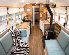 The Paashaus family has been living in their skoolie for a year, traveling the states and adventuring with their two daughters. From multi-day packrafting trip to thru-hiking the Long Trail, no adventure is too big for them. Bus Living, Tiny House Living, Tiny House Family, Family Houses, Vida No Trailer, School Bus Tiny House, School Bus Rv, Tiny Wood Stove, Bus Remodel