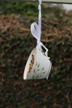 Teacup bird feeder. Cute vintage fine china teacup up-cycled into a pretty bird lovers gift. garden ornament, shabby chic garden decoration. - pinned by pin4etsy.com
