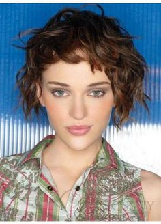short curly bob hairstyles with bangs - Short Haircuts Styles 2015 Short Curly Bob Haircut, Short Choppy Haircuts, Haircuts For Wavy Hair, Oval Face Hairstyles, Medium Bob Hairstyles, Short Hair With Bangs, Hairstyle Short, Curly Pixie, Curly Short