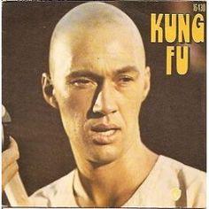 Kung Fu - Quatre Hommes En Noir - Alathea Su Yen - Serie Tv - Georgi Marc Helms Jim